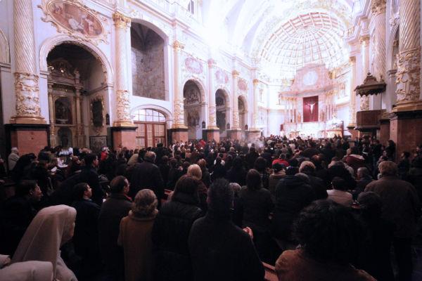 El templo se llenó de jóvenes. J.Peiró/AVAN